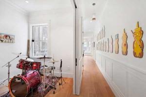 drums-hallway-bear-art