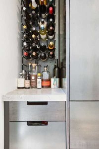 wall-mounted-wine-rack-walter